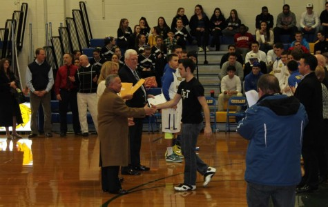 DiGregorio, VanBemmelen, and More Honored at Cougar Basketball Game