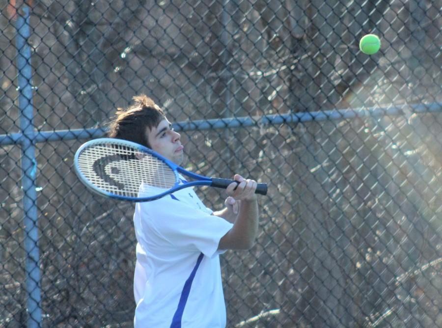Boys Tennis Team sluggish out of the gate