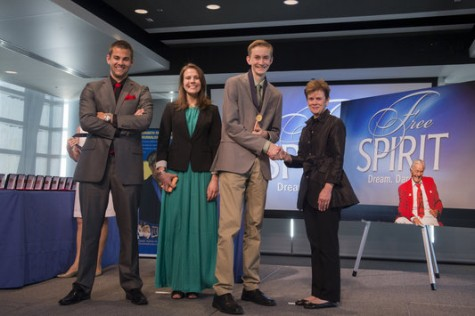 Upon graduating from the program with, AJ (left), Dani (center), and Jan Neuharth (far right). Courtesy of the Newseum Institute.