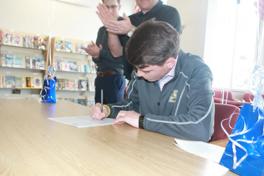 Nick Petracca Signs with Bryant University